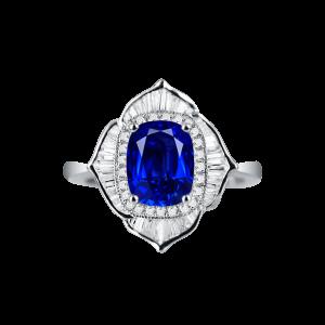 四叶花瓣蓝宝石戒指