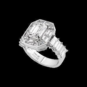 心围-·-祖母绿形钻石卡镶戒指